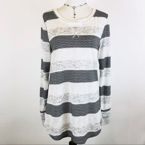 Dylan striped long sleeve tee size S